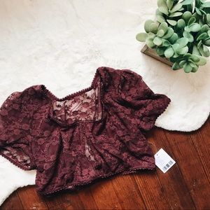NWT UO Lace Crop Top